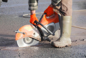 how to cut asphalt with angle grinder